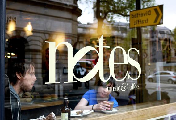 런던 최고의 커피점 중 하나로 꼽히는 '노트 뮤직 & 커피'.