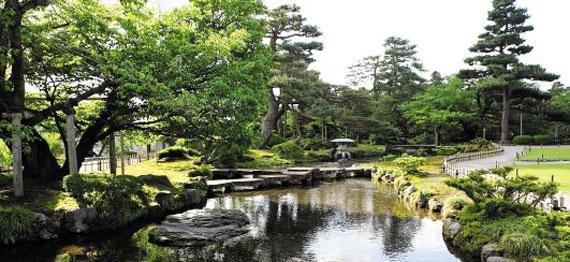 일본 이사카와현 겐로쿠엔은 일본 3대 정원 중 하나로 꼽힌다. / 롯데관광 제공