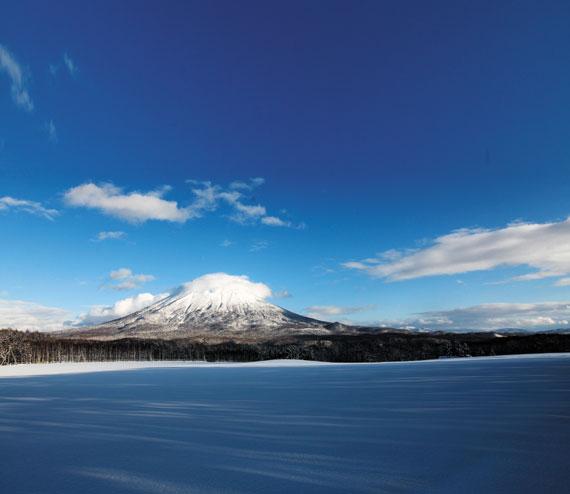 일본 홋카이도 니세코의 장엄한 설경.