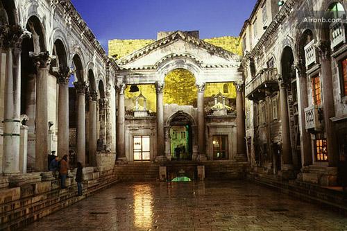 디오클레티아누스 왕궁