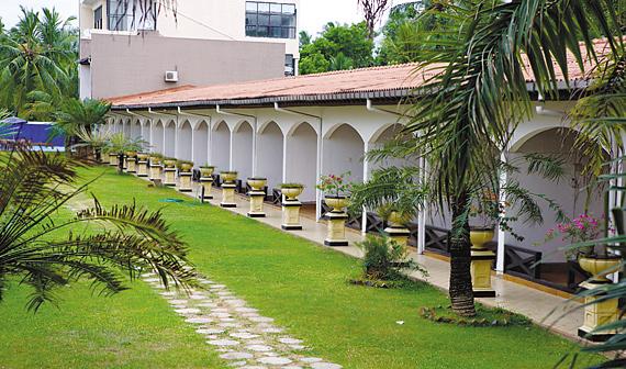 스리랑카 아너스 클럽 호텔