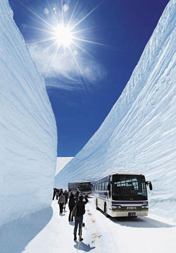 일본 도야마현의 호쿠리쿠 관광 명소