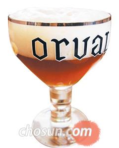 트라피스트 맥주는 성배(聖杯)처럼 생긴 샬리스(chalice) 잔에 마셔야 제맛을 음미할 수 있다.